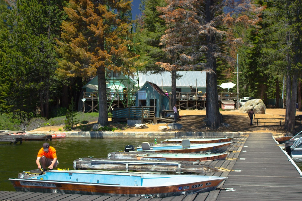 Restaurant, Huntington Lake Resort