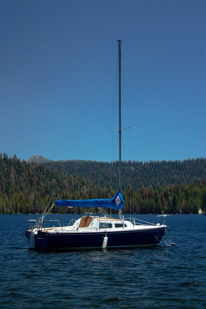 Lake, Huntington Lake Resort