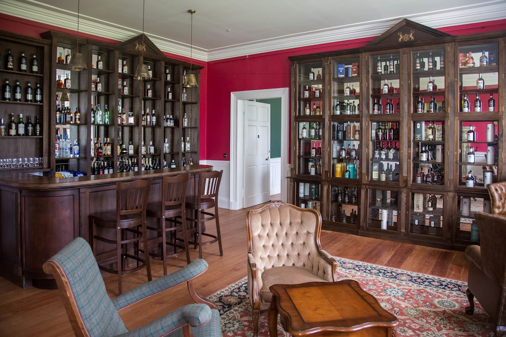 Bar, Islay House