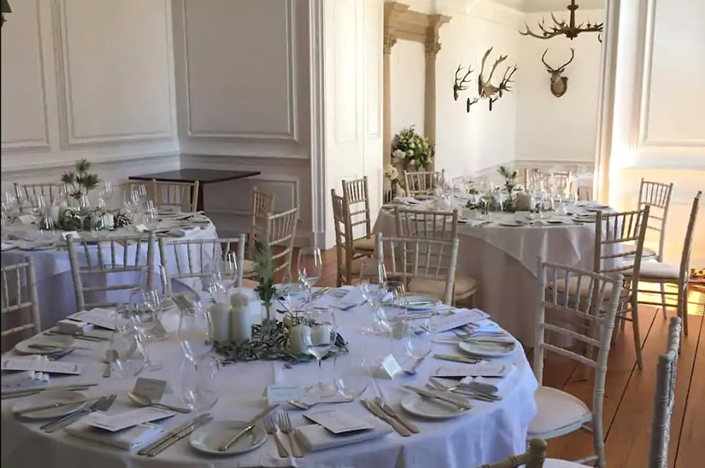 Indoor Wedding, Islay House