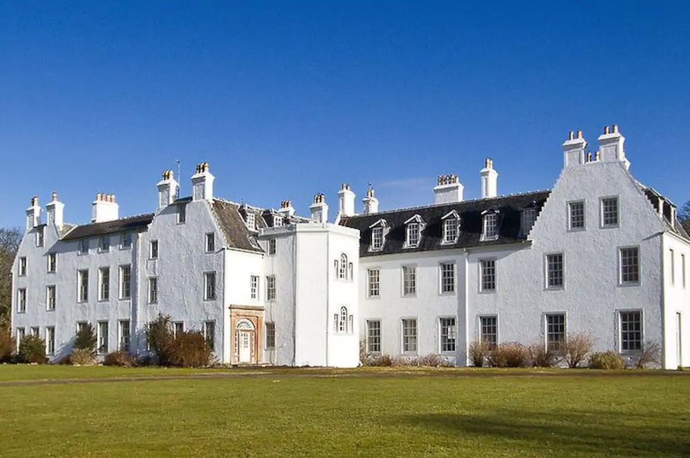Featured Image, Islay House
