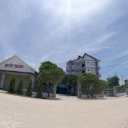 Quyet Thang Hotel and Beach