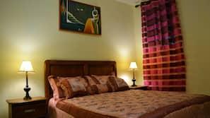 1 bedroom, desk, rollaway beds, free WiFi