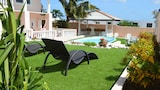Adonai Hotel Boutique Bed & Breakfast - Willemstad Hotels