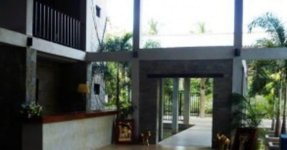 Monty Hotel Ampara Room Rates
