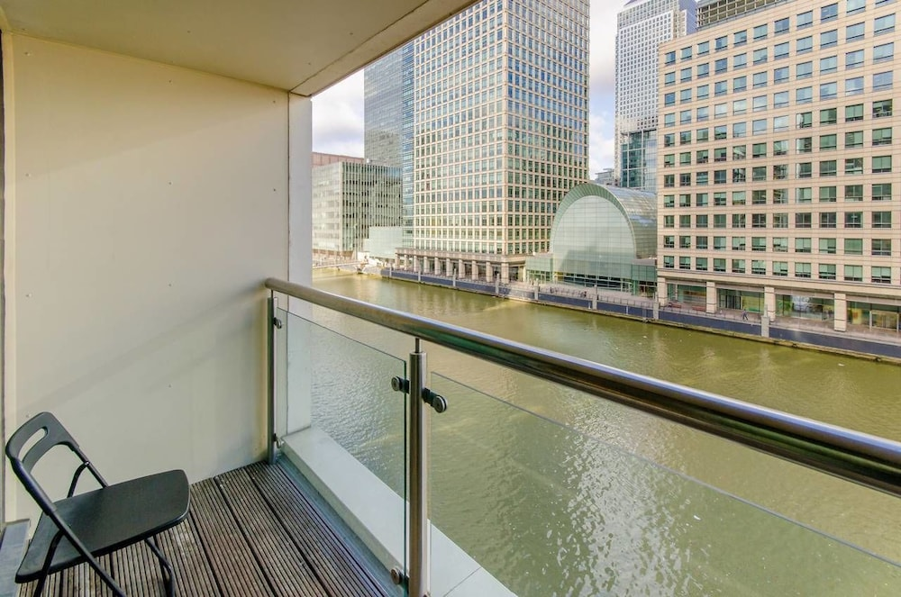 Canary Wharf Waterfront Apartments London 2018 Hotel