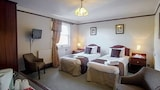 The Bayley Arms Hotel - Hurst Green Hotels