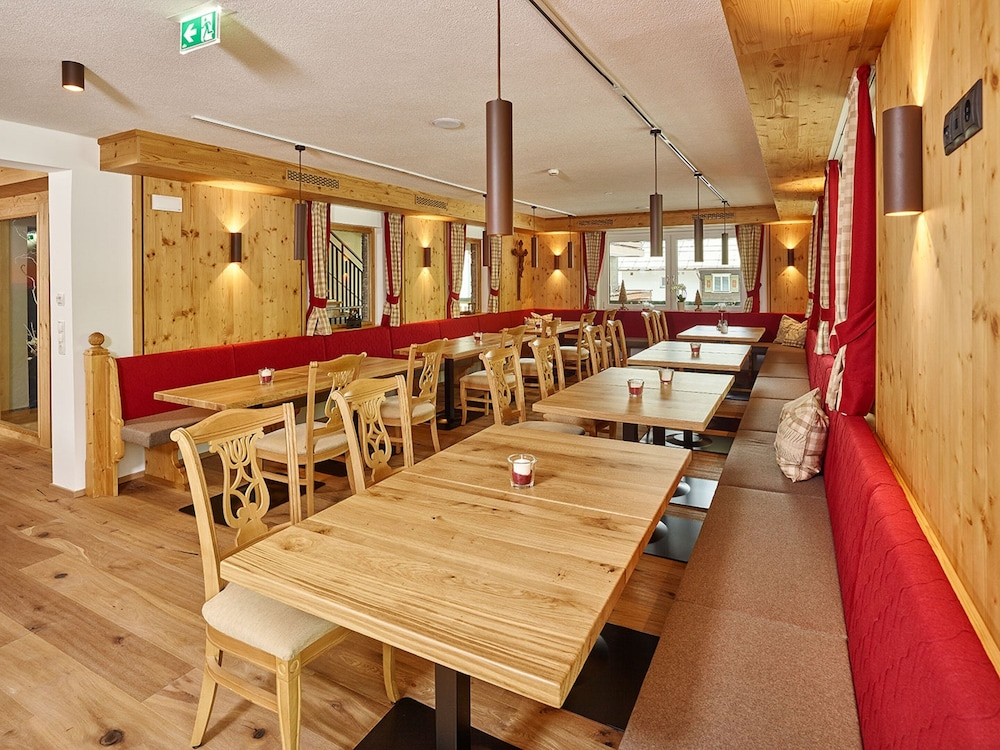 Restaurant, Anthonys Alpin Hotel