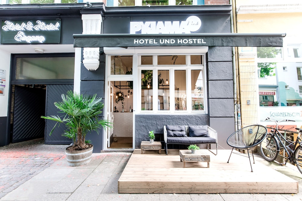 pyjama park schanzenviertel in hamburg hotel rates reviews on orbitz. Black Bedroom Furniture Sets. Home Design Ideas