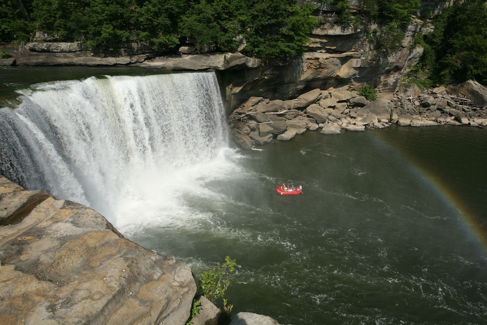 Hotels Near Cumberland Falls