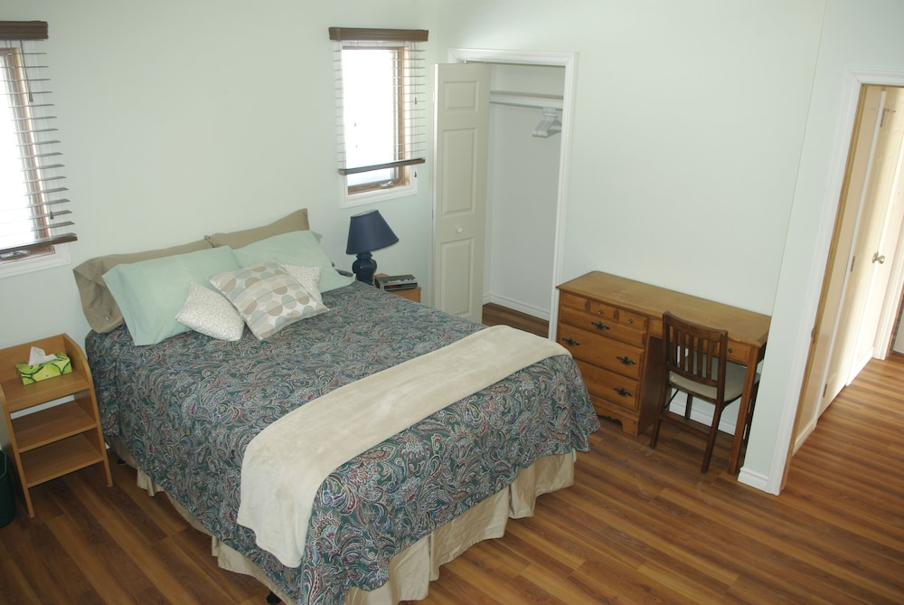 Room, Warbler's Roost Country Inn Bed and Breakfast
