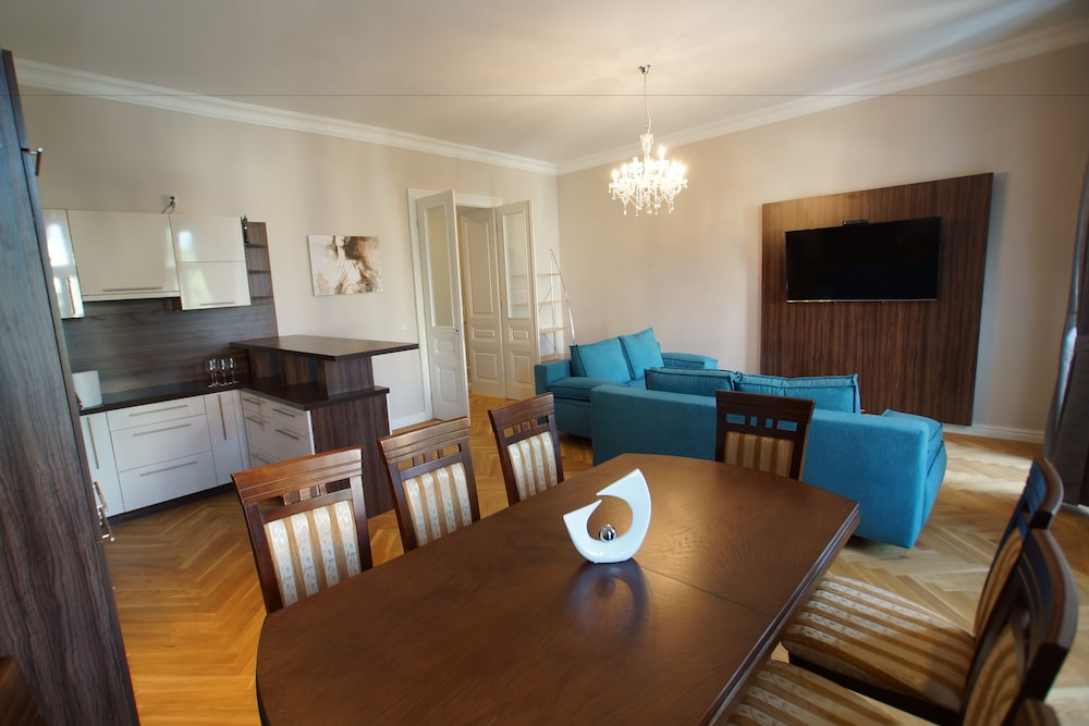 Imperial Apartments Sch Nbrunn 2017 Room Prices Deals Reviews Expedia