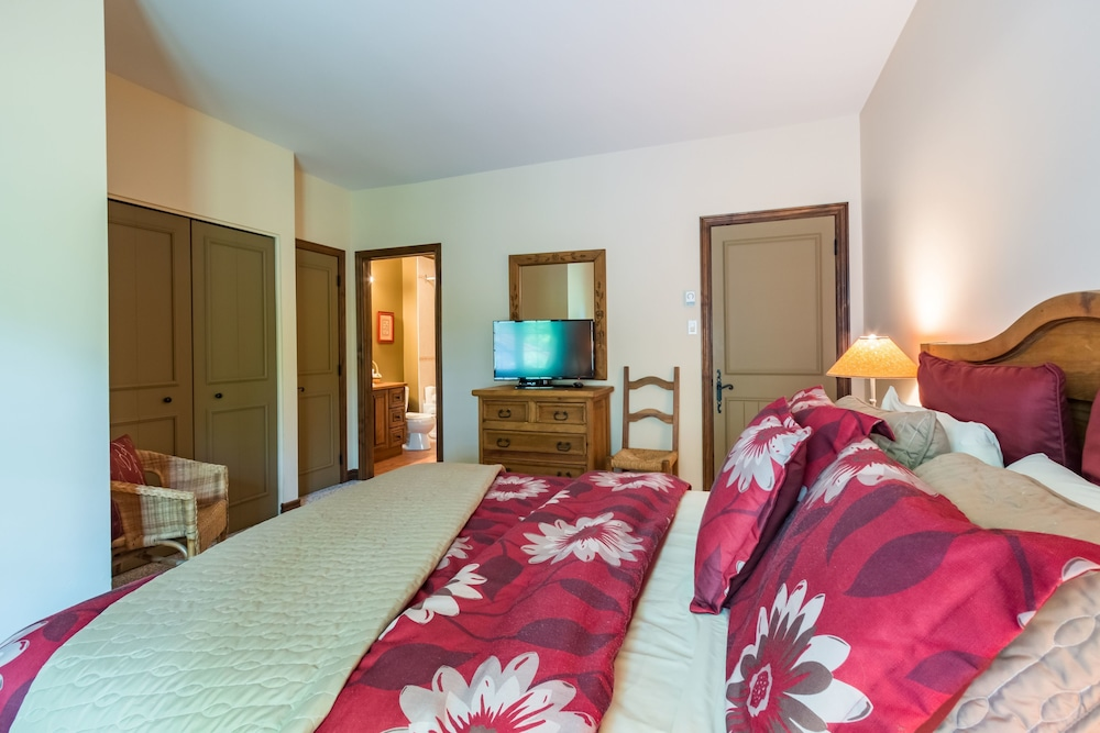 Algonquin rvmt mont tremblant canada for Appart hotel 2 chambres bruxelles