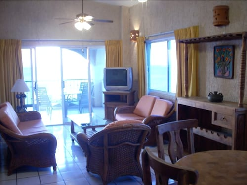 Living Area, Las Gaviotas Resort