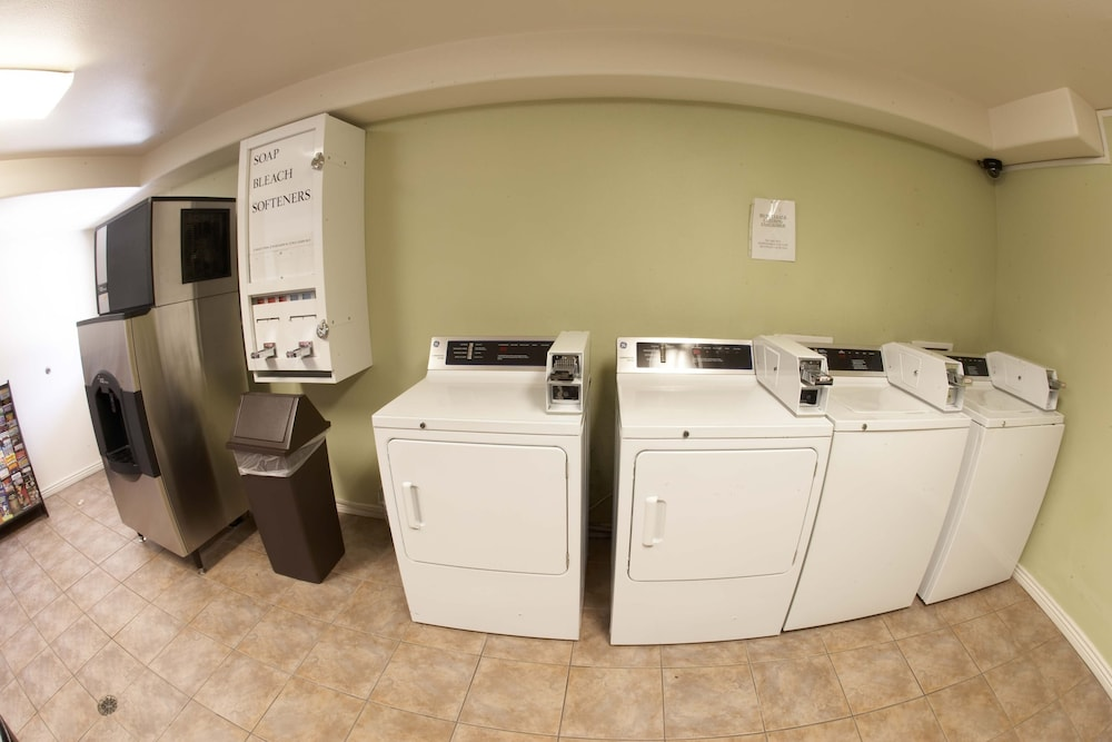 Laundry Room, Premier Inns Tolleson