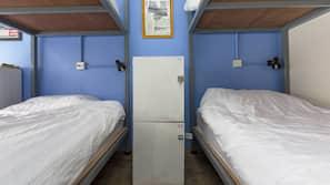高級寢具、羽絨被、特厚豪華床墊、窗簾