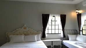 Free minibar items, rollaway beds, free WiFi