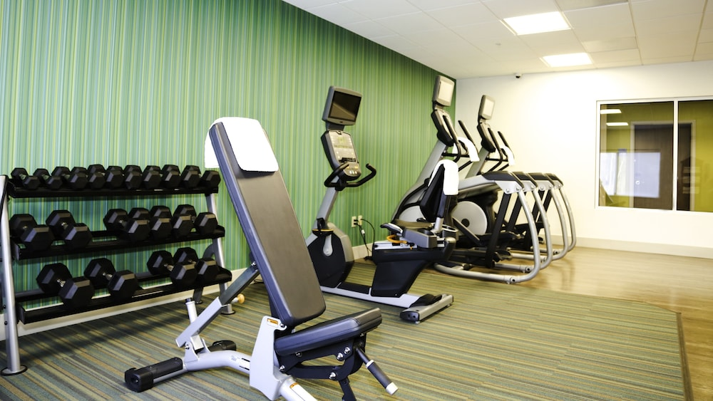 Fitness Facility, Holiday Inn Express & Suites Kingston-Ulster, an IHG Hotel