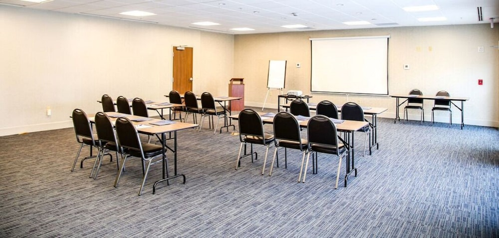 Meeting Facility, Holiday Inn Express & Suites Kingston-Ulster, an IHG Hotel