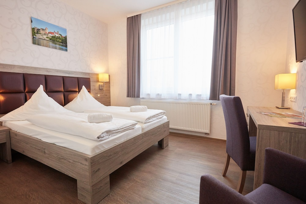 Room, AKZENT Hotel Acamed Resort