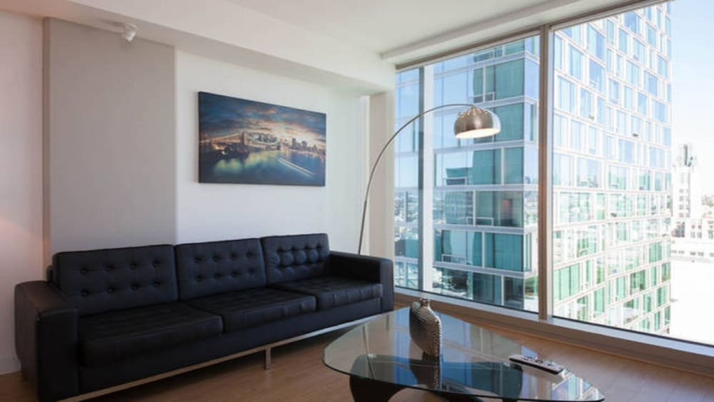 book modern la 2 bedroom luxury suites los angeles hotel deals