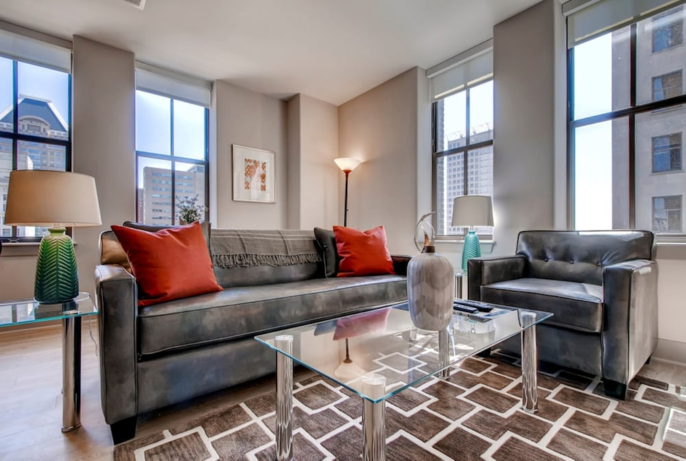 global luxury suites at light street in baltimore hotel rates
