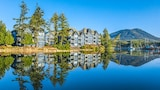 Embarc Ucluelet - Ucluelet Hotels