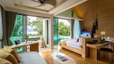Crest Pool Villas - Patong Hotels