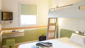 Desk, free cots/infant beds, free WiFi