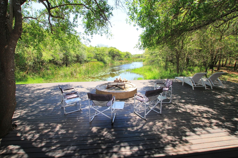 Terrace/Patio, Jacana Lodge