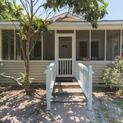W Huron 110 2 Bedroom Holiday Home By My Ocean Rentals