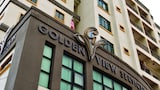 Golden View Serviced Apartment - Penang Hotels
