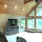 Perfect Getaway 4 Bedroom Holiday home by Norris Lake
