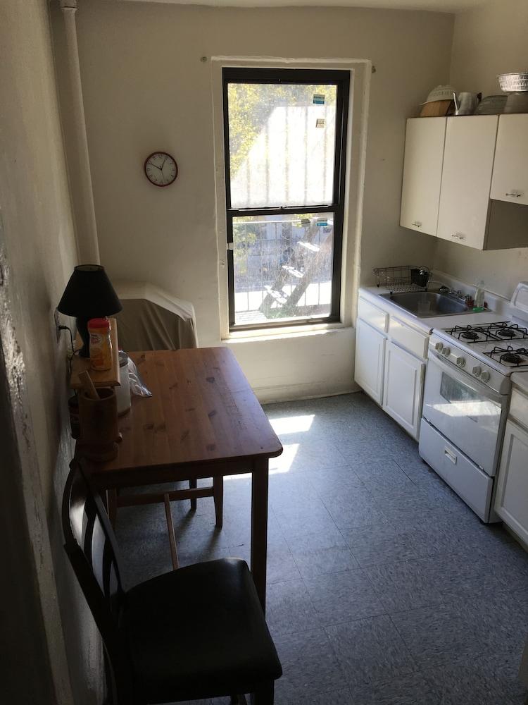 Book upper west side manhattan apartment new york hotel for Apartments upper west side manhattan