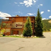 Snowdance Condominiums 2 Bedroom Apartment by Key to the Rockies