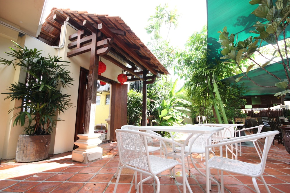 Rg heritage boutique in penang hotel rates reviews in for Terrace 9 classic penang