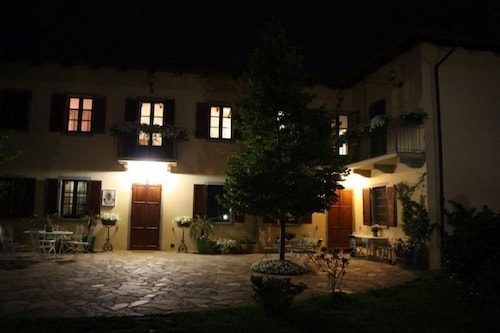 Front of Property - Evening/Night, Bricco San Giovanni