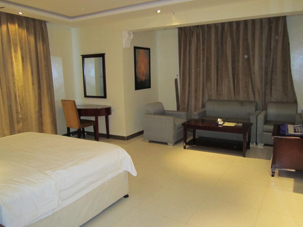 al nawras hotel dammam arabie saoudite. Black Bedroom Furniture Sets. Home Design Ideas