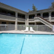 Premier Inns Thousand Oaks