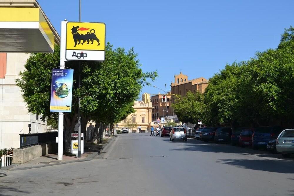 B B Villa Pirandello In Agrigento Hotel Rates Reviews On