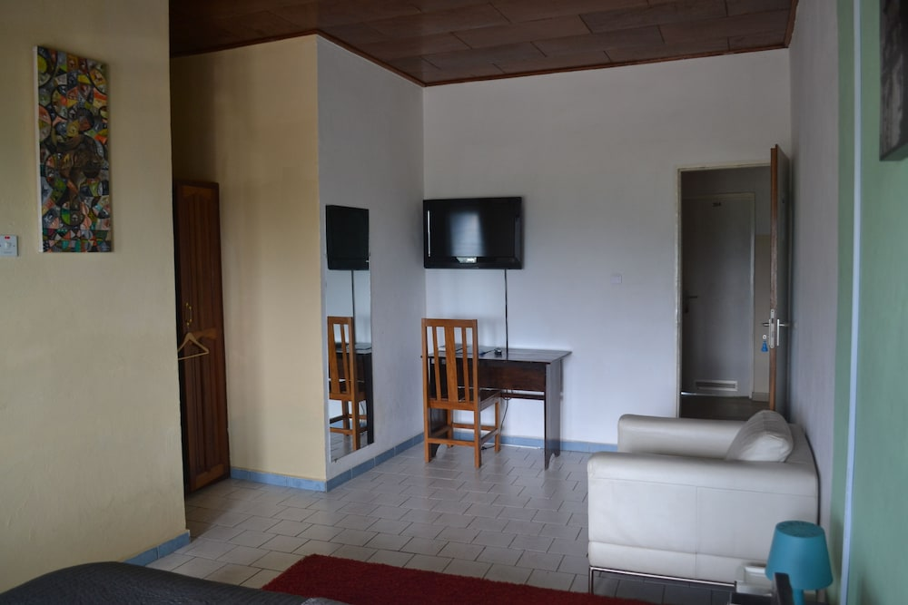 Living Area, The LK Hotel