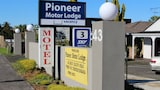 Papakura Pioneer Motor Lodge and Motel - Papakura Hotels
