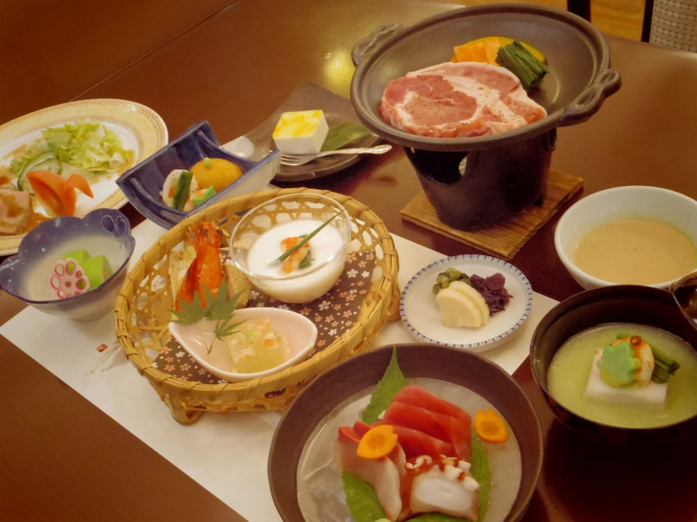Food and Drink, Hakone Gora Onsen Yumenoyu