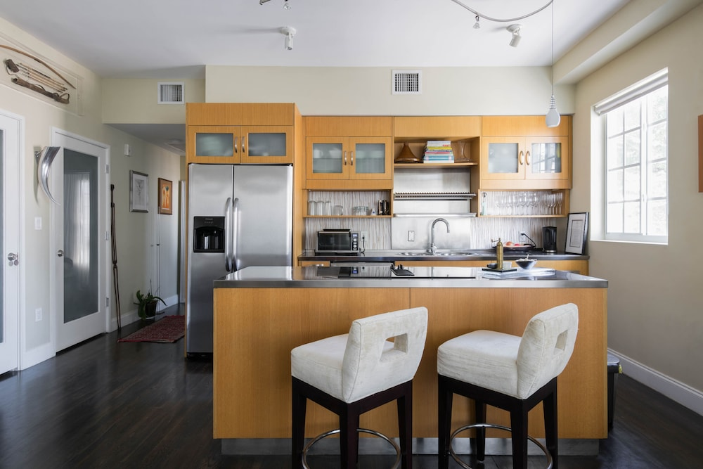 Onefinestay miami beach private homes 2017 room prices for Kitchen 919 reviews