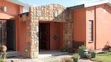 Airport Bed and Breakfast - Upington Hotels
