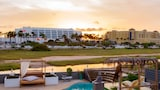 Modern Hotel Aruba - Palm Beach Hotels