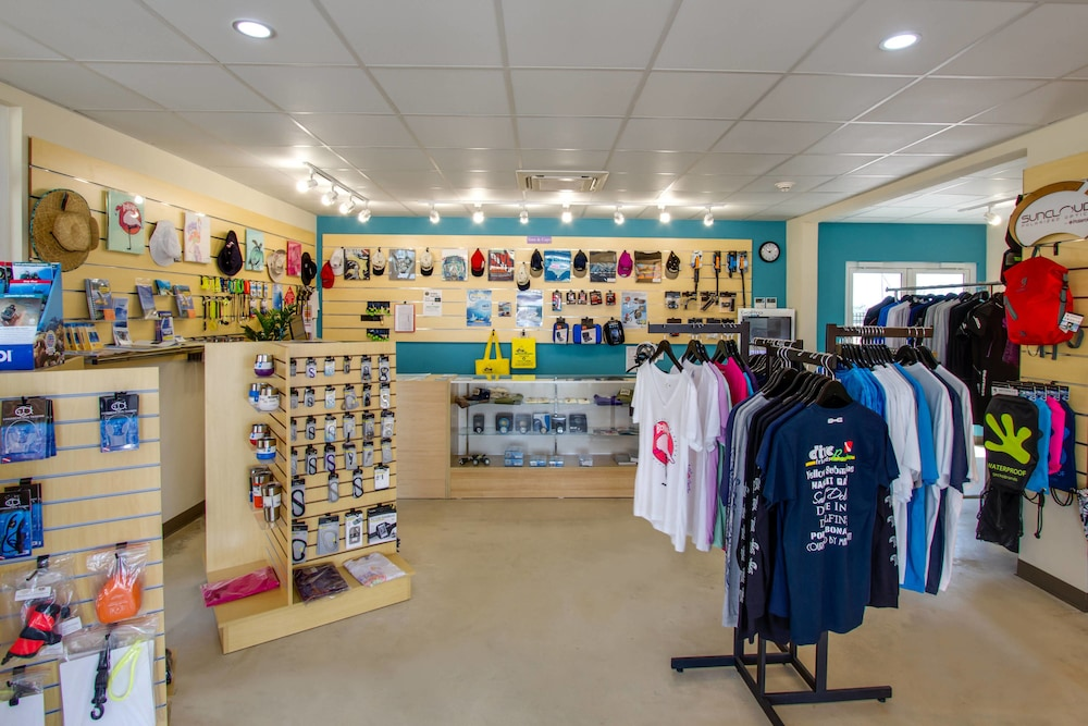 Gift Shop, Courtyard by Marriott Bonaire Dive Resort