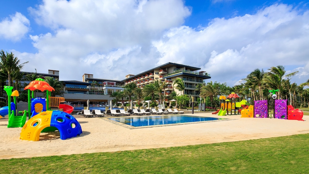 Children's Play Area - Outdoor, Wyndham Grand Plaza Royale Wenchang