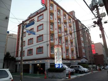 阿爾卑斯汽車旅館