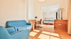 In-room safe, desk, soundproofing, cribs/infant beds